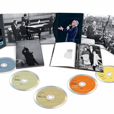 Frank Sinatra - World On A String (4CD+DVD Import)